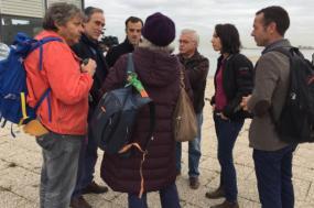 Joana Mortágua, acompanhada por outros deputados do Bloco de Esquerda e por autarcas do partido, esteve no cais do Seixal, para falar sobre a situação do transporte fluvial entre a Margem Sul e Lisboa