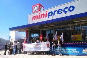 Trabalhadores do armazém/logística de Valongo da Dia – Minipreço/Clarel paralisam a 18 e 19 de agosto e concentram-se à entrada deste armazém, nesta sexta-feira às 9.30h