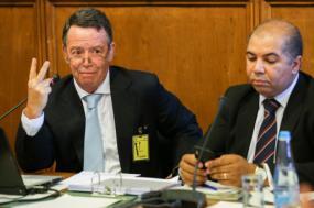 Manuel Pinho recusou-se a responder aos deputados sobre ligações ao GES