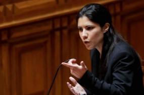 Mariana Mortágua no parlamento. Foto de José Sena Goulão/Lusa.