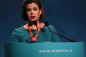 Mary Lou McDonald, líder do Sinn Fein e deputada no parlamento da República da Irlanda