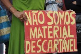 Professores continuam sem respostas do Ministério e mantêm greves