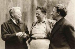Diego Rivera, ao centro, com Leon Trotsky e André Breton