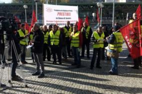 Concentração de apoio aos trabalhadores da Prestibel