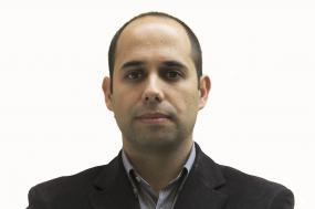 Pedro Filipe Soares realçou que a alteração dos escalões do IRS e o descongelamento das carreiras da administração pública são questões prioritárias no debate orçamental – Foto de Paulete Matos