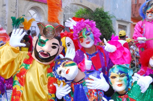 Dossier Carnaval – foto Papangus no Carnaval de Olinda, Pernambuco, Brasil