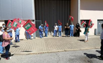 Trabalhadoras da SUCH manifestam-se em defesa dos seus empregos. Junho de 2020. Foto do Sindicato da Hotelaria do Centro.