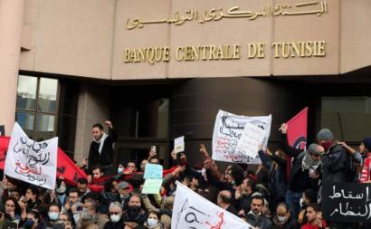 """Tunísia volta à rua 10 anos depois das """"Primaveras Árabes"""""""