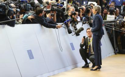 Theresa May no Conselho Europeu de 19 de Março. Foto Number 10/Flickr.