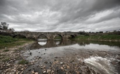 Ponte Velha sobre o rio Ponsul. Idanha-a-Velha.