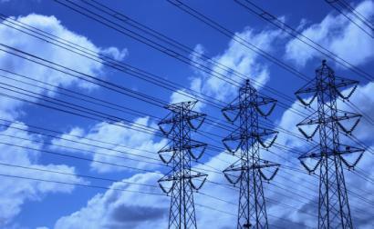 Linhas elétricas. Foto de José Eduardo Deboni/Flickr.