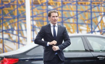 Eleições na Áustria: Sebastian Kurz é reeleito e pondera aliança com extrema direita