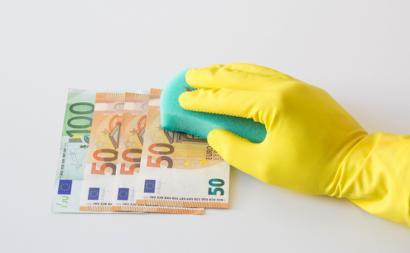 Mecanismo dos vistos gold sempre foi criticado enquanto potenciador do branqueamento de capitais. Fotografia de Marco Verch/Flickr