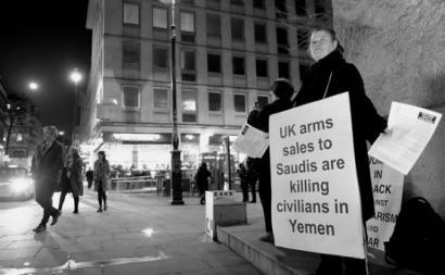 Protesto contra venda de armas britânicas para a guerra no Iémen. Janeiro de 2018.