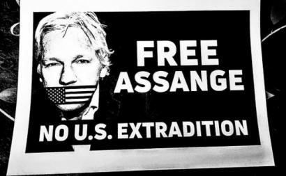 "Cartaz ""Free Assange"""