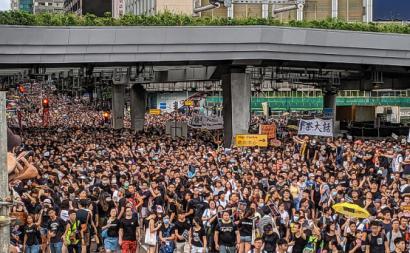Protesto em Hong Kong em julho de 2019. Foto de Studio Incendo/Flickr.