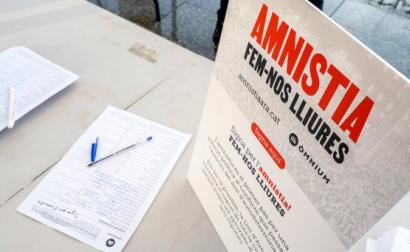banca de assinaturas pela amnistia dos presos políticos catalães