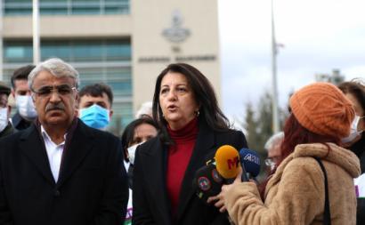 Mithat Sancar e Pervin Buldan, co-presidentes do HDP