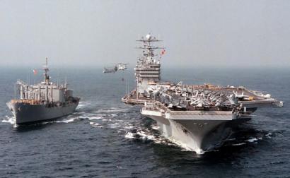 Navios dos EUA em manobras perto da Bósnia. Foto de Expert Infantry/Flickr.