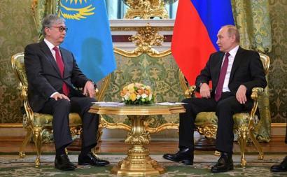 Os cinco estados da Ásia Central estão na área de influência da Rússia – Vladimir Putin com Kassym-Jomart Tokayev, presidente do Cazaquistão, 3 de abril de 2019 – Foto wikimedia