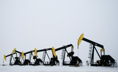Fracking no Dacota do Norte, EUA, dezembro de 2012.