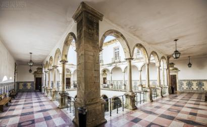 Faculdade de Direito da Universidade de Coimbra. Foto de Javier Díaz Barrera/Flickr.