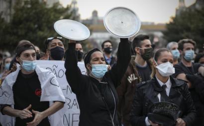 Manifestação nos Aliados pelo apoio à hotelaria, restauração, arte e cultura