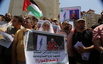 Palestinos protestam contra planos de anexação israelita da Cisjordânia ocupada, 11 de junho de 2020 – Foto de Abed Rahim Khatib/Agência Anadolu, retirada de monitordooriente.com