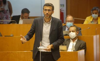 """Na Assembleia Regional, António Lima afirmou que a aprovação da proposta do Bloco """"corrige, nos Açores, uma situação de grande injustiça"""" - Foto esquerda.net"""