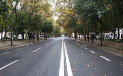 Avenida da Liberdade vazia – Foto de António Pedro Santos/Lusa