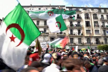 Mobilização em Argel