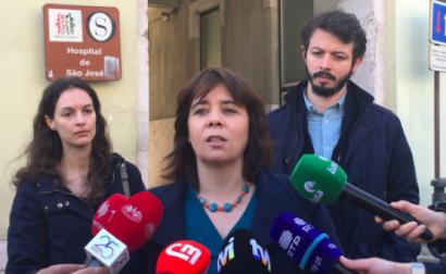 """Na concentração feita em frente ao Hospital São José, Lisboa, na manhã de dia 22, Catarina Martins disse que a """"contratação de 1500 enfermeiros é urgente, tem de acontecer"""" e que """"os enfermeiros são essenciais todos os dias e estão a faltar""""."""