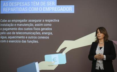 """""""As famílias gastaram mais 15% na conta da luz, enquanto as empresas e os serviços pouparam na luz"""", diz Catarina."""
