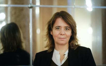 """Catarina Martins afirmou que o """"Laboratório Militar tem sido essencial no combate à pandemia"""" e defendeu que haja a coragem de ultrapassar as patentes e de produzir as vacinas"""" - Foto Rita Sarrico"""