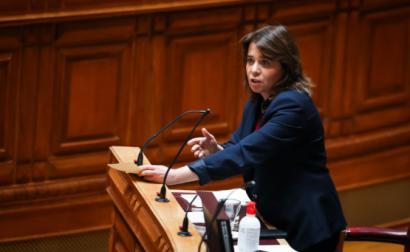 Catarina Martins no debate com o primeiro-ministro,  de junho de  - Foto de José Sena Goulão / Lusa