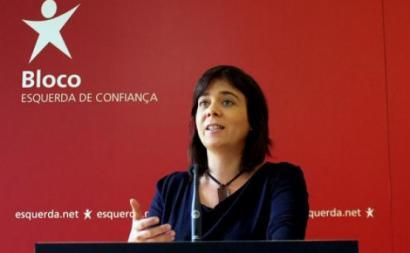 """Catarina Martins alerta no seu twitter, para as """"tentativas de criar um ambiente de crise política"""", """"totalmente artificial"""""""