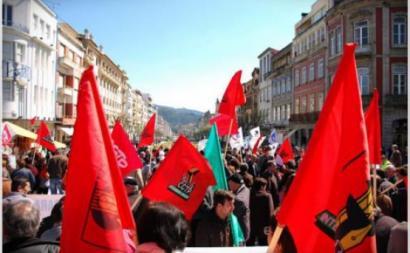 """Dirigentes sindicais criticam """"fechamento sectário da CGTP"""""""