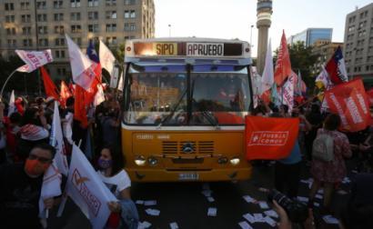 Chile, comício de apoiantes de uma nova Constituição, 22 de outubro de 2020 – Foto de Elvis Gonzalez