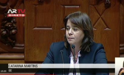 """Catarina Martins: """"A luta das trabalhadoras da Triumph é a da dignidade do país""""."""