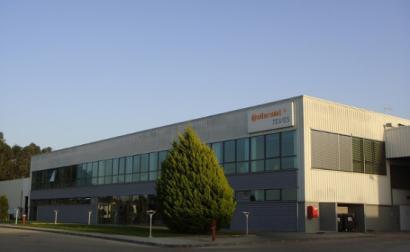 A Continental diz que a fábrica de Palmela vai encerrar até ao final de 2021, por causa da queda no mercado de automóveis e lançará 370 pessoas no desemprego