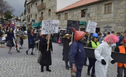 """A associação Zero alerta que a exploração do lítio em Portugal, """"não pode, nem deve ser feita a qualquer preço"""" - Foto da página da Associação Unidos em Defesa de Covas do Barroso (UDCB) no facebook, """"Não à Mina! Sim à Vida!"""""""