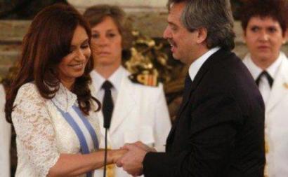 Fórmula Fernández-Fernández - Alberto Fernández candidata-se a Presidente da República da Argentina, tendo Cristina Fernández Kirchner como candidata a vice-presidente nas próximas eleições presidenciais da Argentina, 27 de outubro de 2019