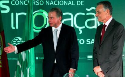 Ricardo Salgado e Cavaco Silva nos prémios do concurso de Inovação BES, Lisboa, outubro de 2010. Foto Miguel A. Lopes/Lusa.