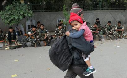 Ataques a muçulmanos na Índia fazem dezenas de mortos