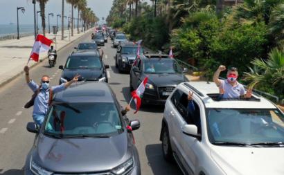 21 de abril de 2020. As manifestações regressam ao Líbano. Foto de WAEL HAMZEH/EPA/LUSA.