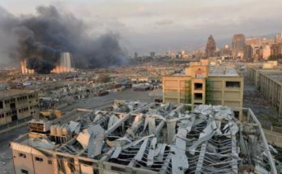 """Vítimas de explosão em Beirute querem inquérito a """"crime contra humanidade"""""""