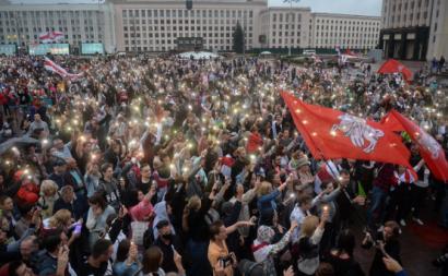 Manifestação da oposição na Bielorrússia. Agosto de 2020. Foto de YAUHEN YERCHAK/EPA/Lusa.