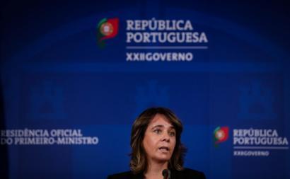 Catarina Martins à saída da reunião com o governo. Foto de Tiago Petinga/Lusa.