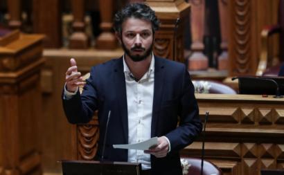 Moisés Ferreira no Parlamento. Foto de Tiago Petinga/Lusa.