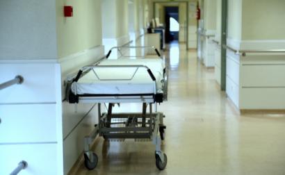 Doentes devem continuar a contactar o 112 e a deslocar-se às urgências sempre que for necessário, reforçam profissionais de saúde.
